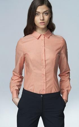 Klasyczna taliowana koszula - łosoś