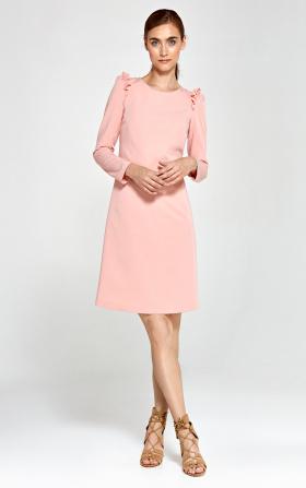 Sukienka z falbankami na ramionach - róż