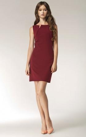 Sukienka z rocięciem na dekolcie - bez rękawa - bordo