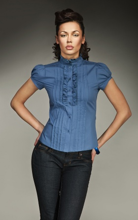 Urocza koszula z falbanką i zakładkami - niebieski