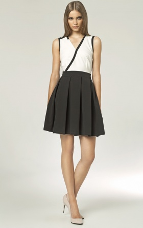 Sukienka z plisowanym dolem- czarny/ecru