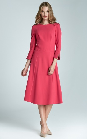 Trapezowa sukienka MIDI w kolorze fuksji