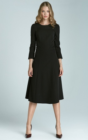 Midi trapezoidal dress - black