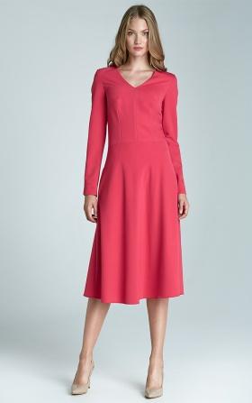 Elegancka sukienka w kolorze fuksji