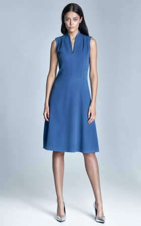 Niebieska elegancka sukienka damska