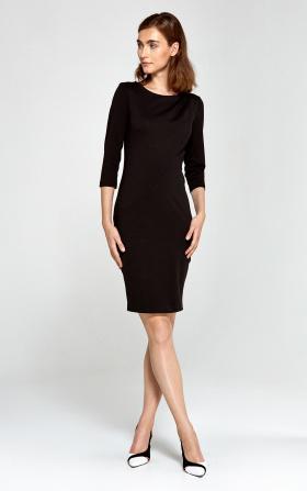 Czarna sukienka z asymetrycznymi draperiami