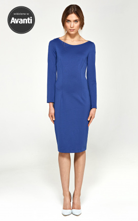 Knitted dress with a neckline in the boat - blue