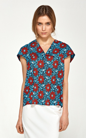 Blouse with a delicate V neckline - flowers