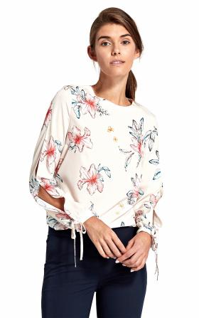Ecru bluzka z wycięciami na rękawach w kwiaty