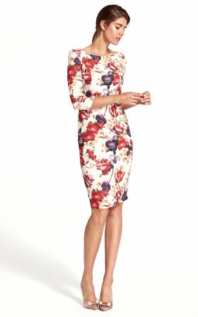 Sukienka w kolorowe kwiaty z delikatnym wycięciem na plecach