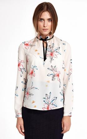 Bluzka w kolorze ecru ze stójką i tasiemką na szyi w kwiaty