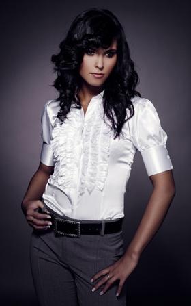 Satynowa koszula z żabotem  - biały
