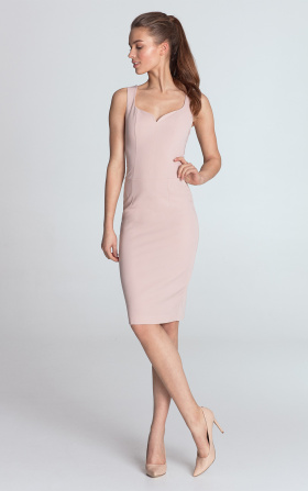 Dress with a neckline in the shape of heart - pink