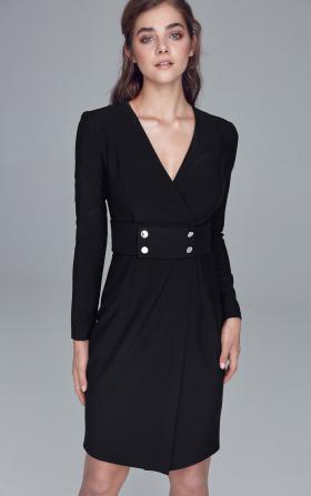 Czarna sukienka z pasem ozdobionym napami