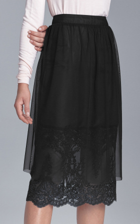 Lacy skirt - black