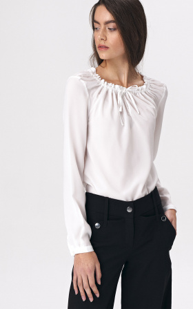 Blouse with girlish tie - ecru