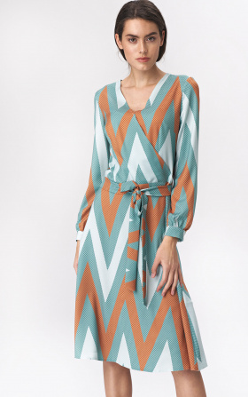 Flared turquoise midi dress with zigzag pattern