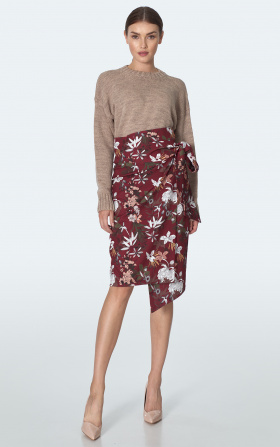 Claret skirt in flowers