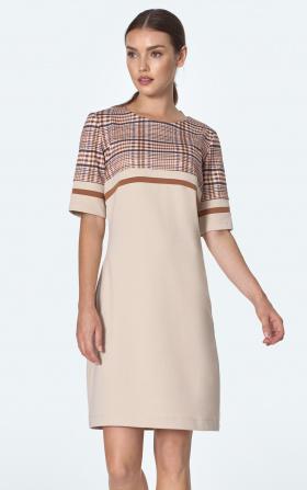 Prosta sukienka z kieszeniami w beżową kratę