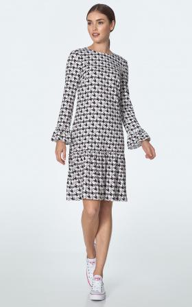 Sukienka z falbaną we wzór pepitko