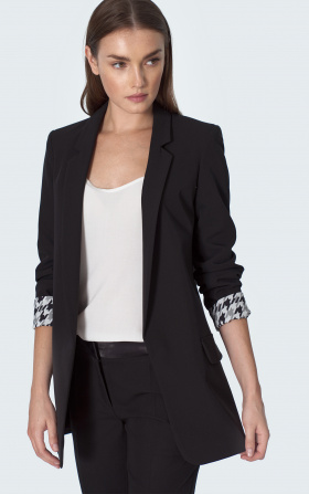 Black jacket with wrapped sleeve in pepito pattern