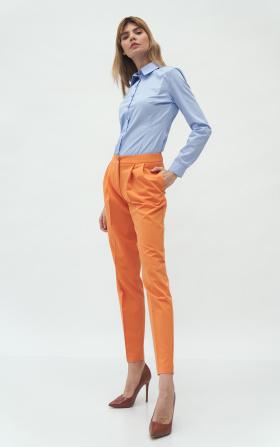 Pomarańczowe spodnie z zakładką