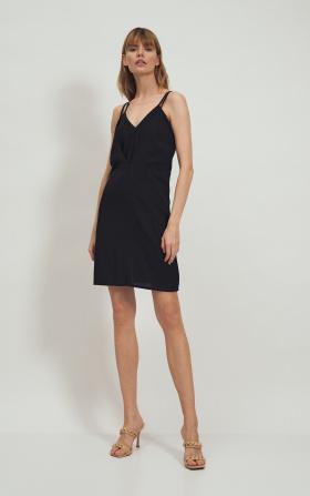 Czarna wiskozowa sukienka na ramiączkach