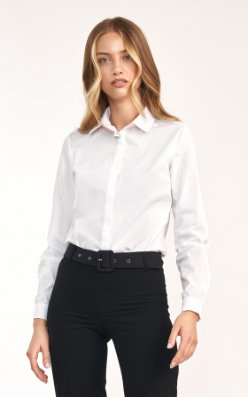 Fitted white shirt