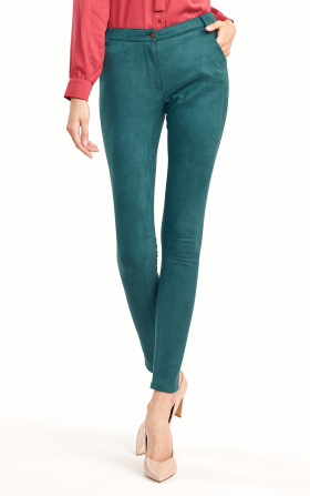 Fitted green trousers