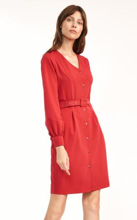 Czerwona sukienka z paskiem w talii