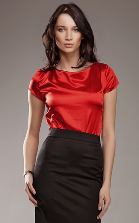 Subtle and delicate blouse - red