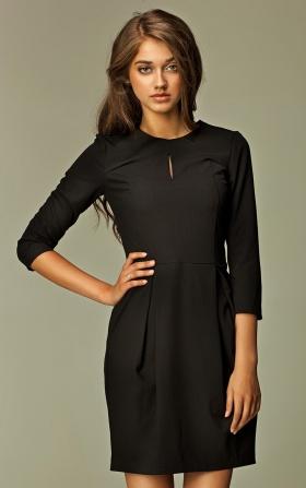 Sukienka z pęknięciem na dekolcie - czarny
