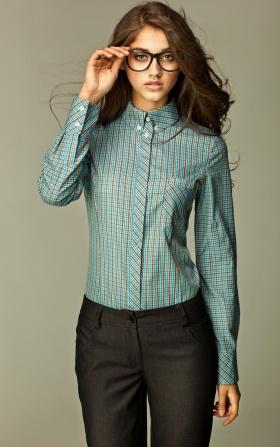 Turkusowa koszula w modną kratę