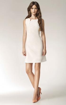 Ecru sukienka z rozcięciem na dekolcie