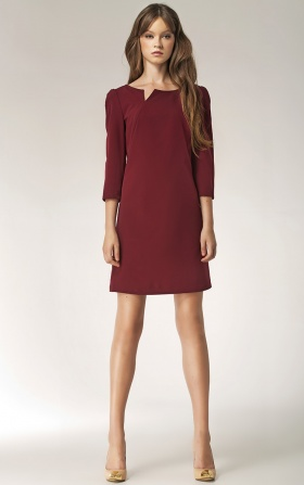 Dress with a cut on the neckline - long sleeve - claret