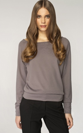 Sweater with a neckline in the boat shape - gray