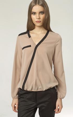 Beżowa bluzka z paskiem