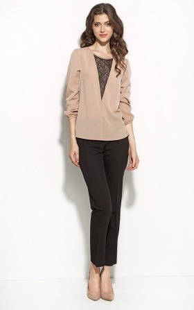 Blouse with lace on the neckline - beige